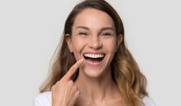 Why Are Dental Implants Becoming Increasingly Popular?