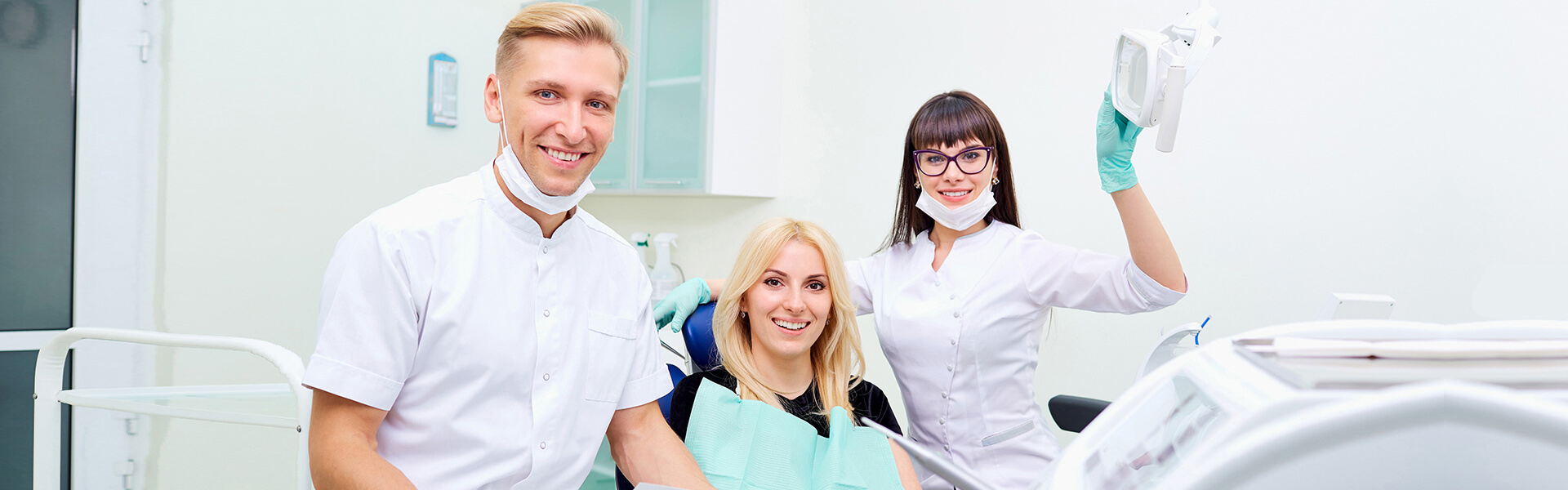 How Family Dentists Promote Traditional Oral Care